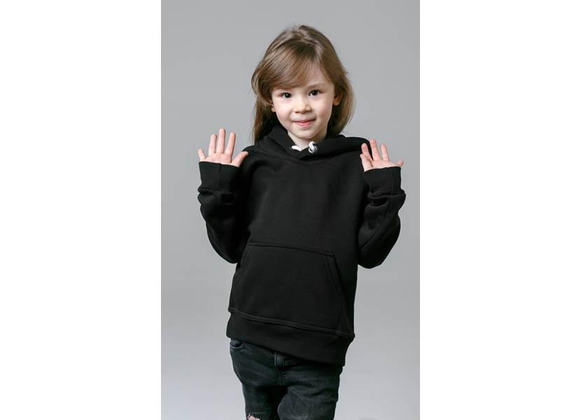 Фото детской черной толстовки без риснука