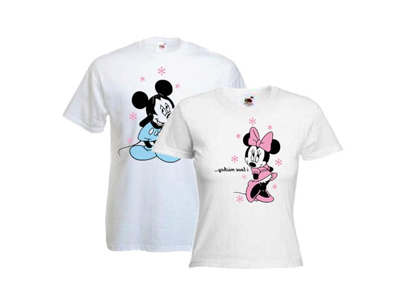 Картинка с парными футболками для влюбленных с Микки Маусом