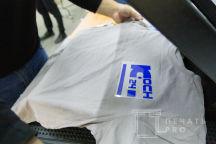 Белые футболки с логотипом «KOCH 24»