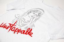 Печать трех типов надпиcей на футболках