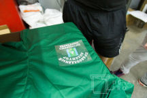 Зеленые ветровки с логотипом «ПРАВОСЛАВНЫЙ ВОЛОНТЁР»
