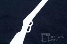 Черная футболка с логотипом «МЭР УСАДЬБЫ»