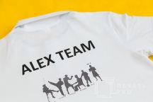 Белые футболки-поло с надписью «ALEX TEAM»