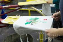 Белые тканевые сумки с логотипом «Несу пользу»