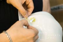 Белые каски с логотипом «Эко-тех»