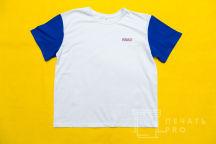 Белые футболки с текстом «Москва»