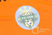 Оранжевые спортивные футболки с логотипом «FC-VER»