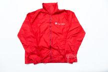 Красная куртка с логотипом «Fair Value»