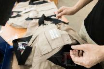 Двухцветные куртки с текстом «DIGIS интеграция»