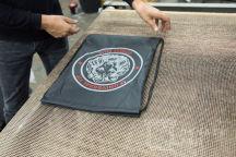 Черные сумки с логотипом «UNIVERSAL FIT»