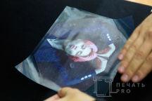 Черная толстовка с изображением в виде фотографии парня