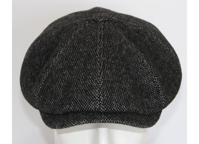 Фото кепки восьмиклинки темно-серого цвета, унисекс